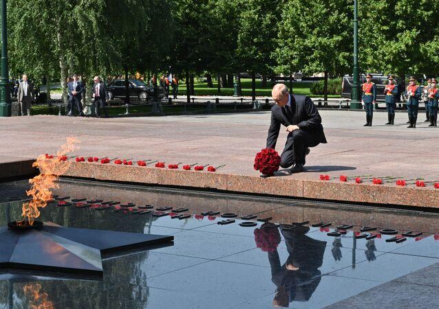 فلاديمير بوتين - الجندي المجهول