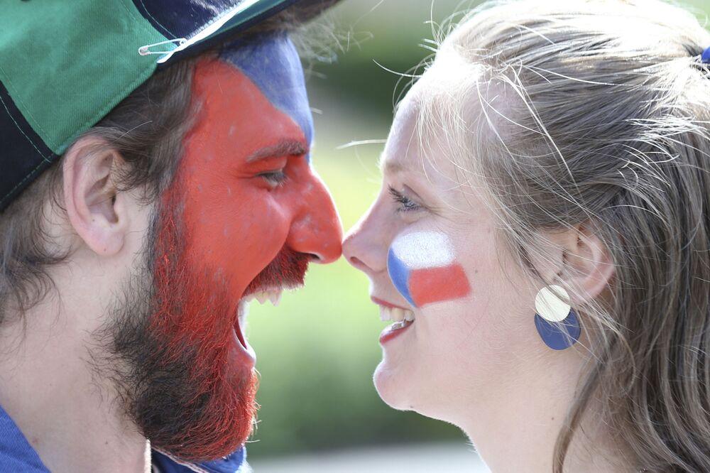 مشجعة المنتخب التشيكي