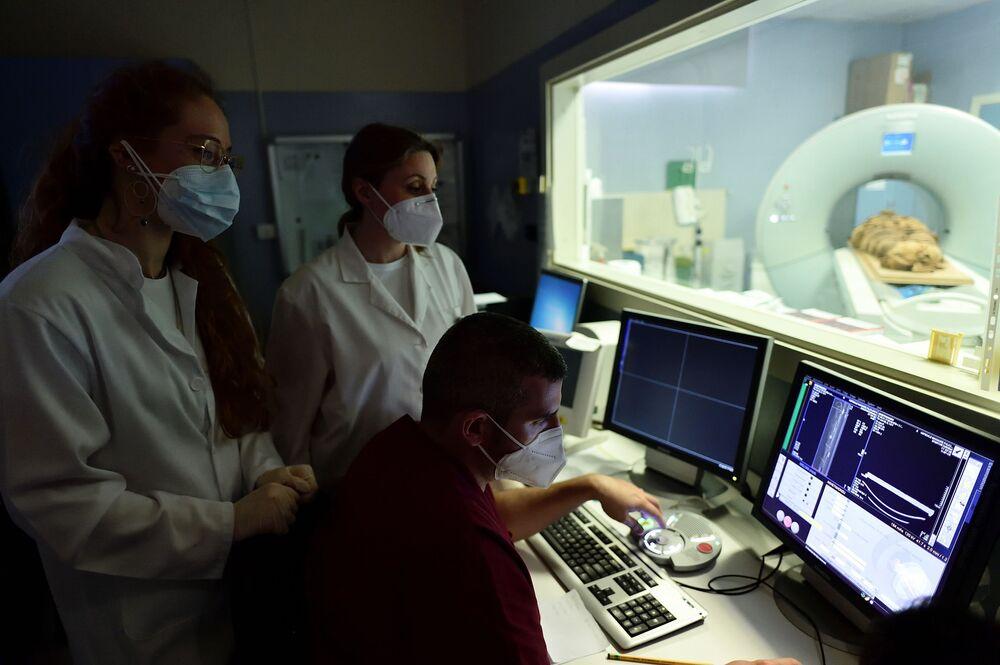 المومياء المصرية في مشفى ميلانو، إيطاليا
