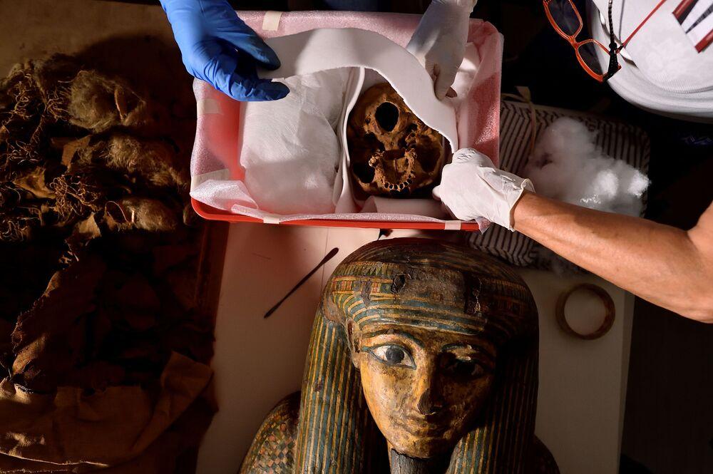 مومياء مصرية في إيطاليا