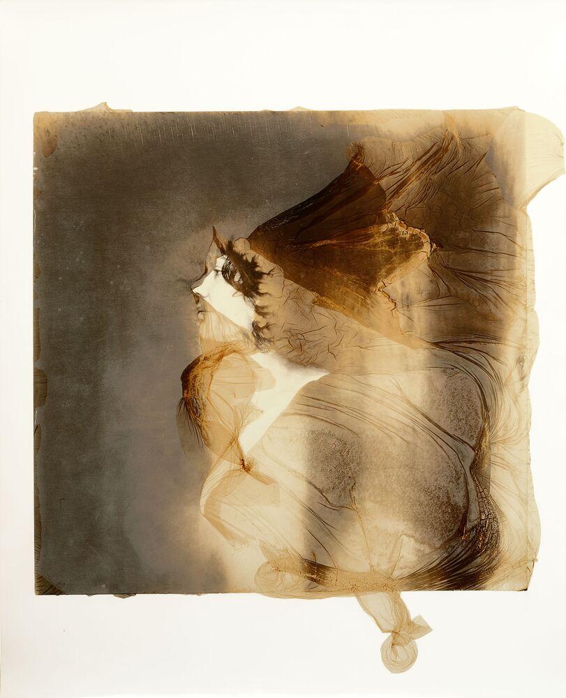 صورة بعنوان النساء الخارقات، للمصور الإيطالي سيزاري دي ليبوريو، المرشح عن فئة دراسة شخصية، من مسابقة التصوير الدولية أفضل مصور البورتريه للعام 2021