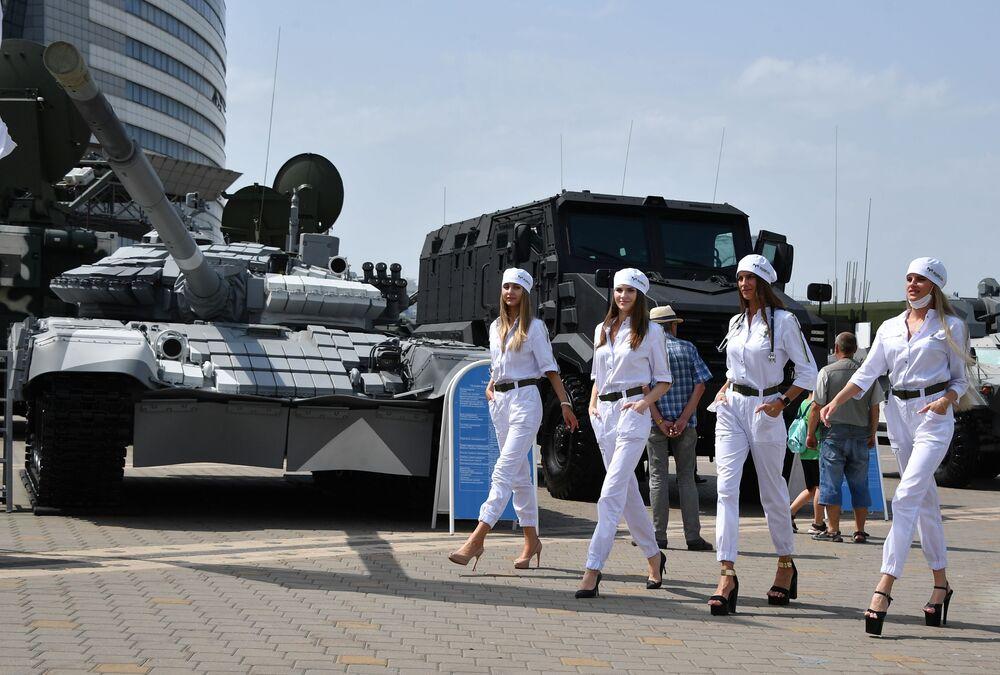 في المعرض الدولي العسكري MILEX-2021 مينسك، بيلاروسيا