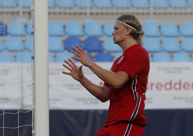 لاعب بوروسيا دورتموند والمنتخب النرويجي إيرلينغ هولاند