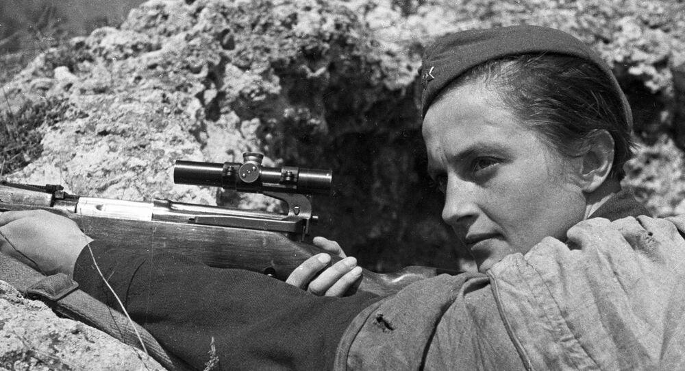 أبطال الحرب العظمى... القناصة ليودميلا بافليشنكو