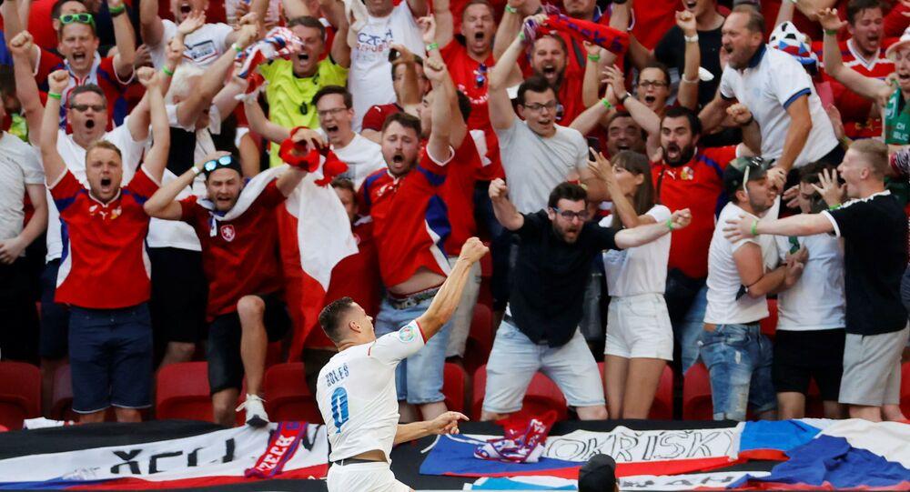 مباراة دور الـ 16 من بطولة يورو 2020 - اللاعب التشيكي توماش هوليش يعبر عن فرحته بتسجيل هدفه الأول في مباراة مميزة بين منتخبي جمهورية التشيك وهولندا، التي انتهت بفوز المنتخب التشيكي في ملعب بوشكاش أرينا في بودابست، المجر 27 يونيو 2021