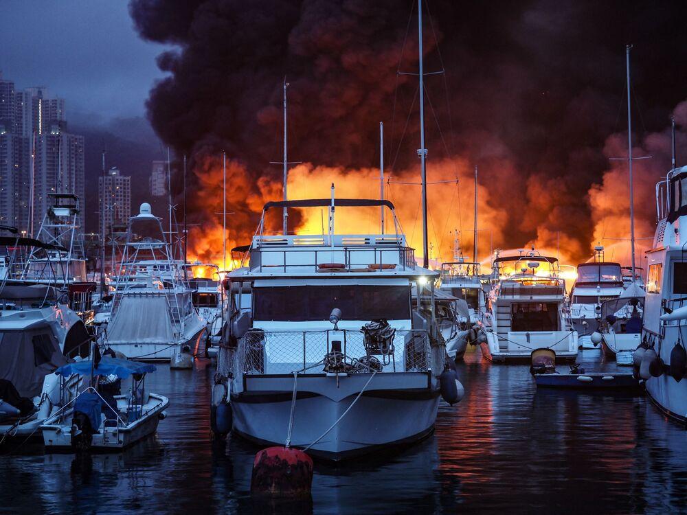 هونغ كونغ حريق
