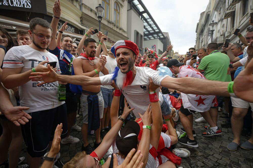 مشجعو المنتخب الفرنسي