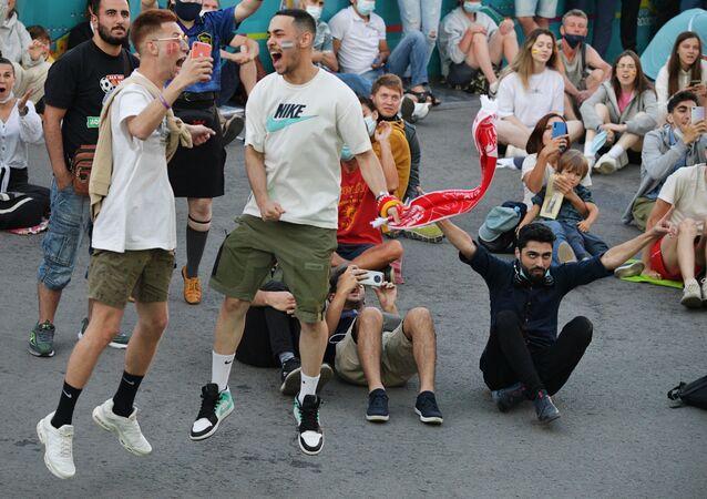 مشجعين أجانب دخلوا الأراضي الروسية عبر بطاقة المشجع في يورو 2020