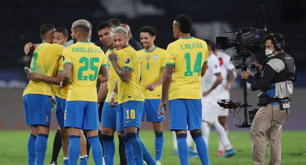 البرازيل تتأهل إلى نهائي كوبا أمريكا