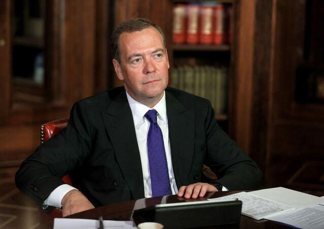نائب رئيس مجلس الأمن الروسي دميتري ميدفيديف
