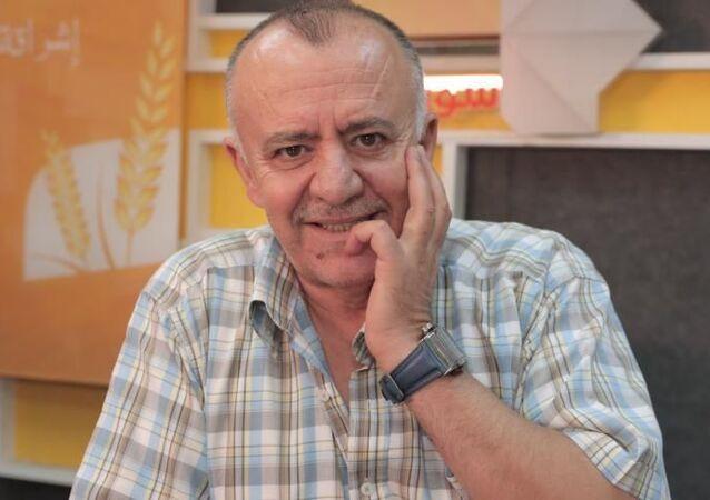 الفنان السوري، زهير رمضان، في لقاء أجراه ضمن برنامج حوار VIP مع الإعلامي السوري، يامن ديب