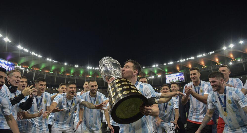ميسي يتوج رفقة الأرجنتين بلقب كوبا أمريكا