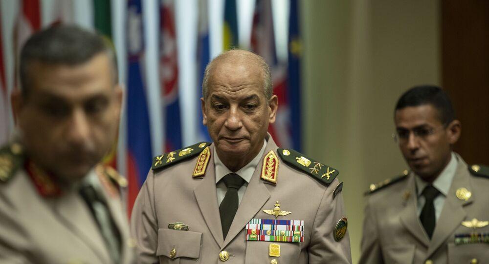 الفريق أول محمد زكى القائد العام للقوات المسلحة وزير الدفاع والإنتاج الحربى - مصر