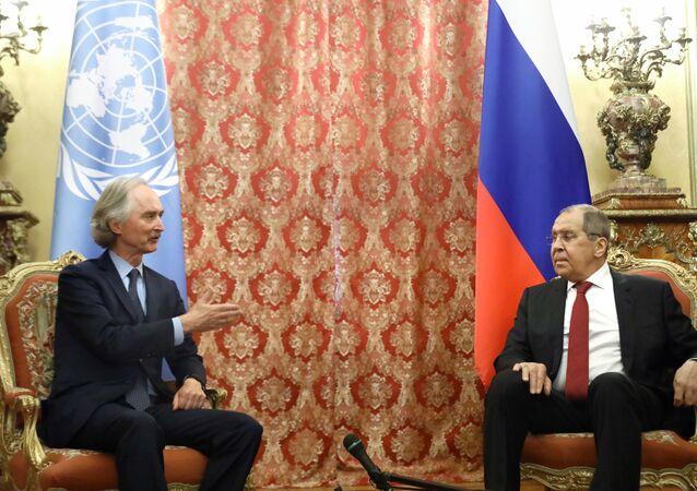 لقاء وزير الخارجية الروسي سيرغي لافروف والمبعوث الخاص للأمين العام للأمم المتحدة إلى سوريا غير بيدرسون