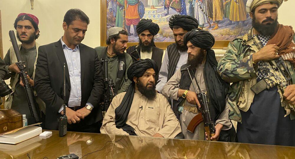 سيطرة طالبان على القصر الرئاسي في كابول