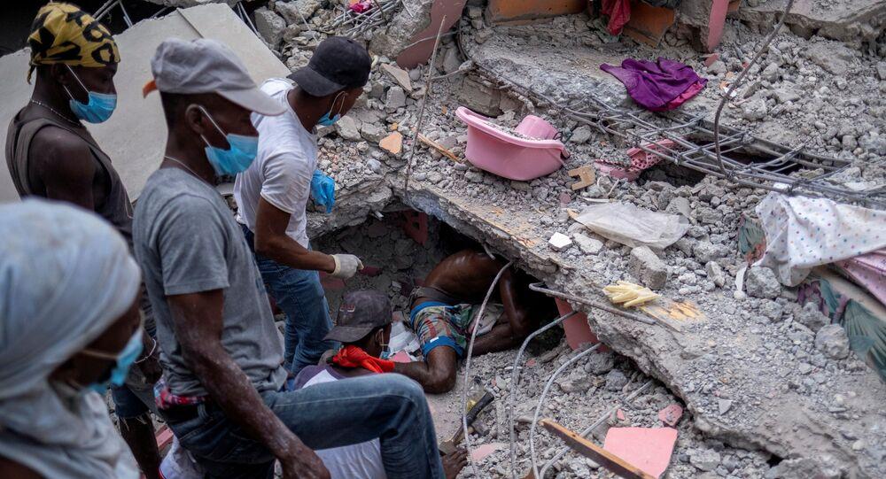 تضرر 100 ألف منزل جراء زلزال هايتي