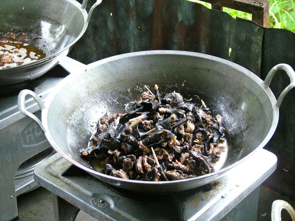 طبق بانيكي (الخفافيش المقلية)