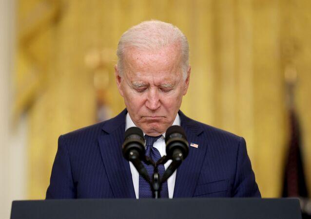 الرئيس الأمريكي، جو بايدن، يلقي بملاحظاته حول تفجيرات مطار كابل، 26 أغسطس/ آب 2021