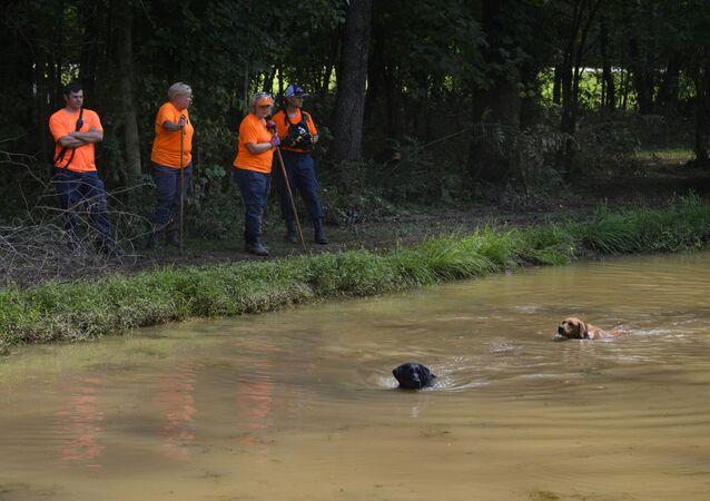 تداعيات فيضانات هائلة في ويفيرلي، ولاية تينيسي، الولايات المتحدة 23 أغسطس 2021
