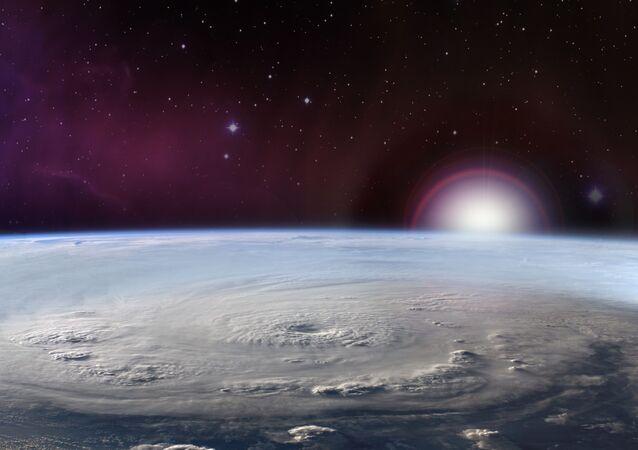 صورة لإعصار من الفضاء