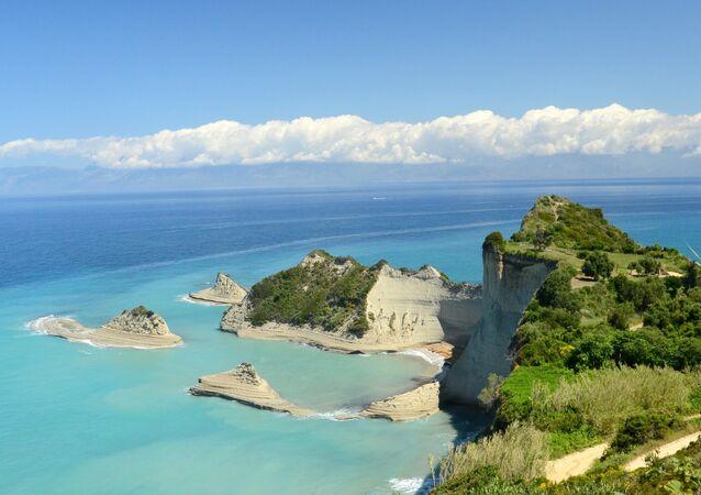 بيرولاديس على جزيرة كورفو، اليونان