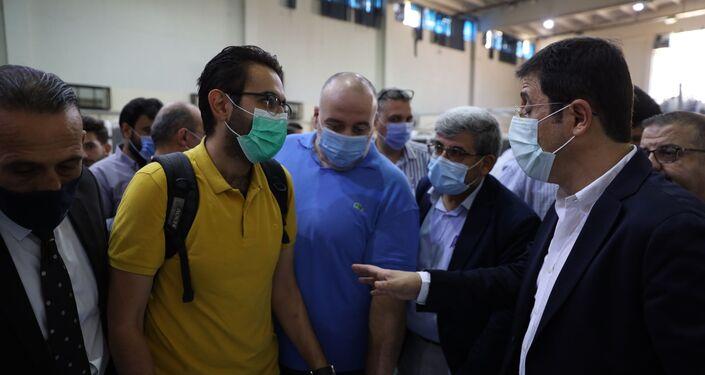 رغم توفره ومجانيته... لماذا يتهيب السوريون تلقي لقاح كورونا؟