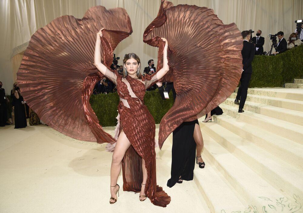 فالنتينا سامبايو خلال حفل ممتحف متروبوليتان للفن في تصميم الأزياء، خلال مراسم احتفالية بافتتاح معرض في أمريكا: معجم الموضة في مدينة نيويورك، الولايات المتحدة، 13 سبتمبر 2021