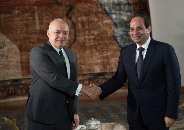 الرئيس المصري والمدير العام روسيا سيغودنيا ديمتري كيسيلوف