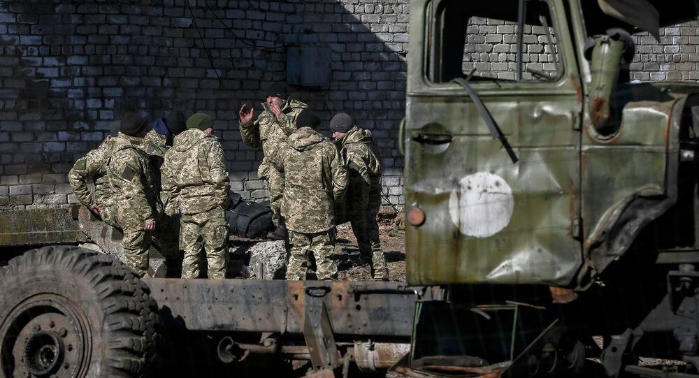 عناصر من الجيش الأوكراني ينسحبون من ساحة المعركة