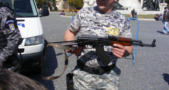 بندقية PA Md.65 - - نسخة فاشلة من بندقية كلاشنكوف (AK 47)