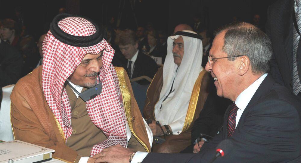 وزيرا الخارجية الروسي سيرغي لافروف والسعودي سعود الفيصل