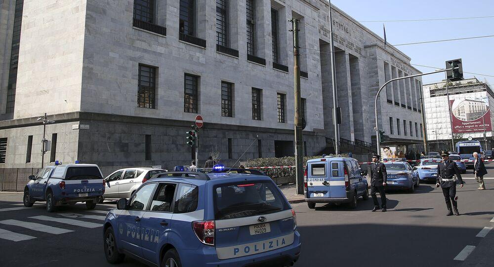 مقتل شخصين على الأقل في هجوم مسلح داخل محكمة في ميلانو