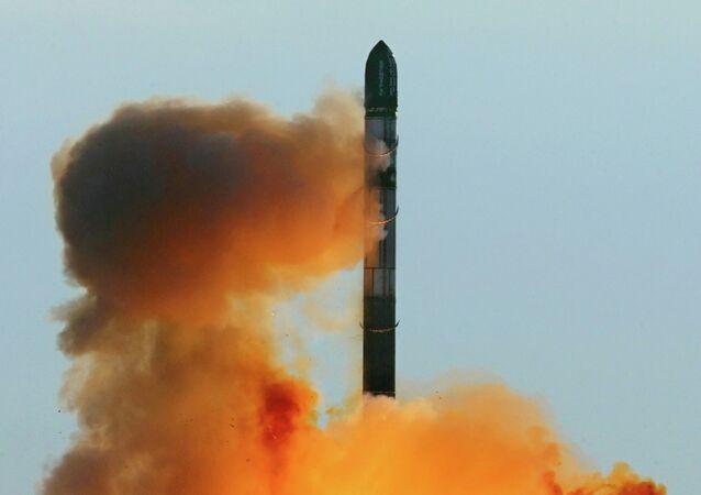 صاروخ فويفود الشيطان