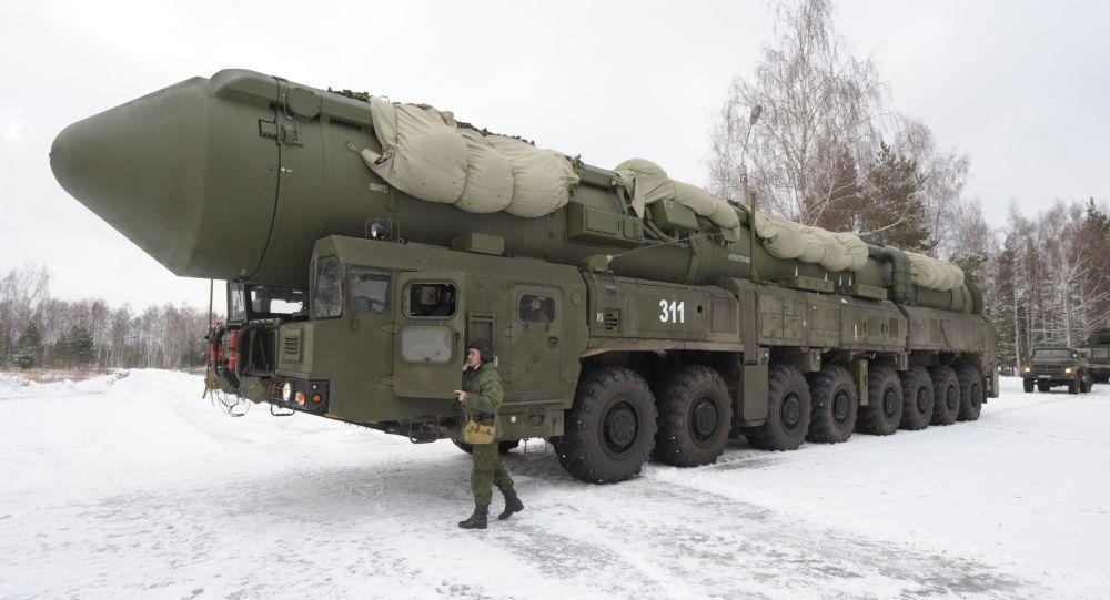 منظومة صاروخية استراتيجية من نوع يارس