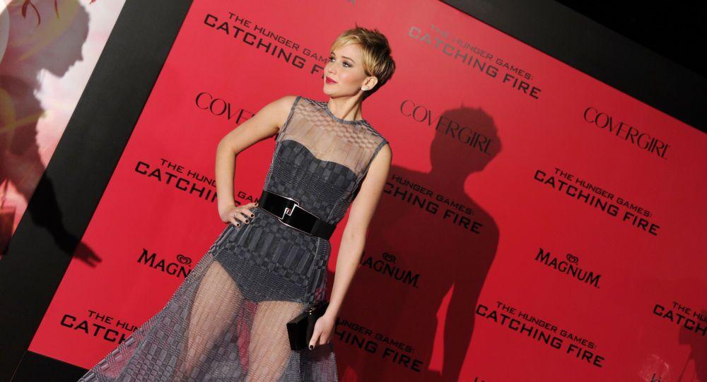 الثالثة في الإثارة الجنسية الممثلة الفائزة بـ أوسكار جنيفر لورانس.