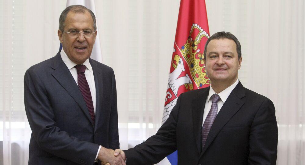 مباحثات بين وزيري خارجية روسيا وصربيا