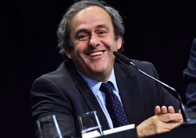 رئيس الاتحاد الأوروبي لكرة القدم ميشيل بلاتيني