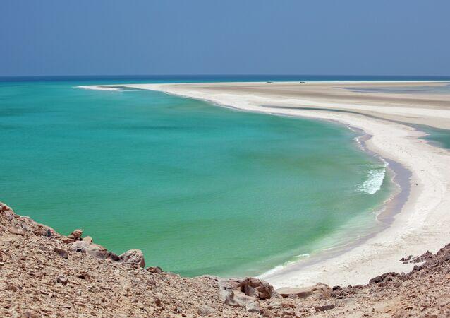 ساحل جزيرة سقطري اليمنية