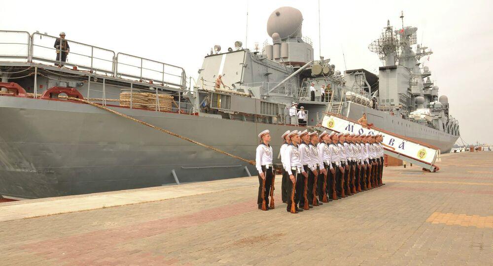 وحدات البحرية الروسية فى ميناء الإسكندرية