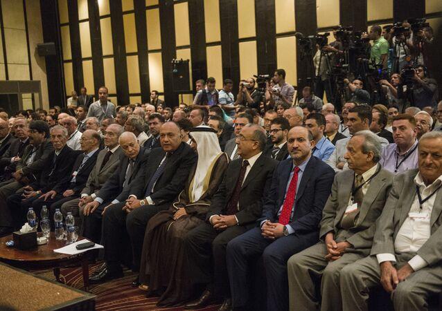 اجتماع أطراف من المعارضة السورية في القاهرة