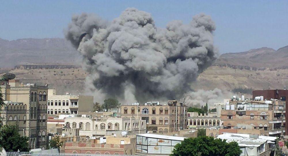قصف قوات التحالف العربي لليمن