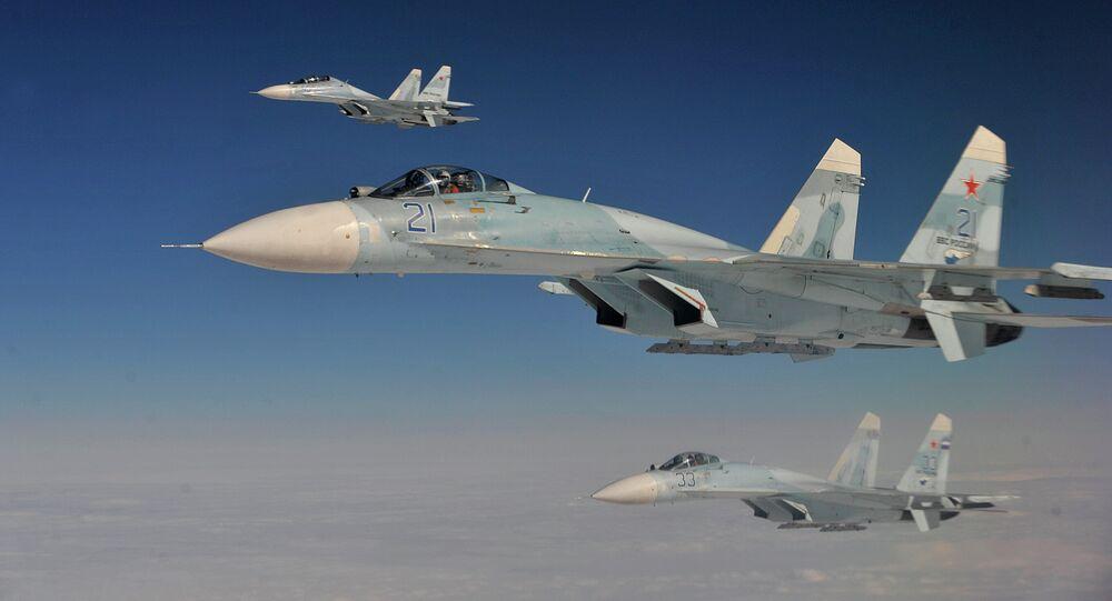 المقاتلة الروسية سو- 27