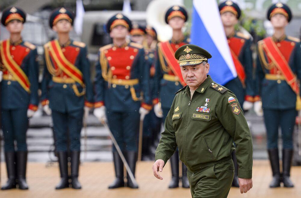 وزير الدفاع الروسي سيرجي شويجو خلال مشاركته فى منتدي الجيش 2015