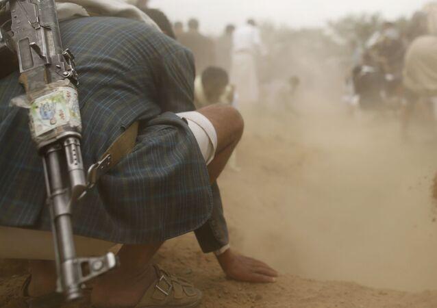 دفن ضحايا انفجار سيارة مفخخة
