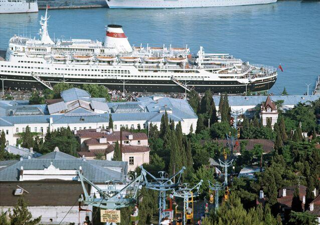 ميناء يالطا في القرم