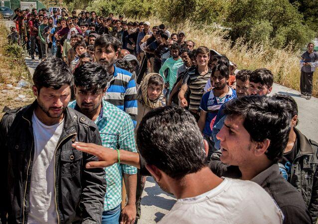 المهاجرون في الجزر اليونانية