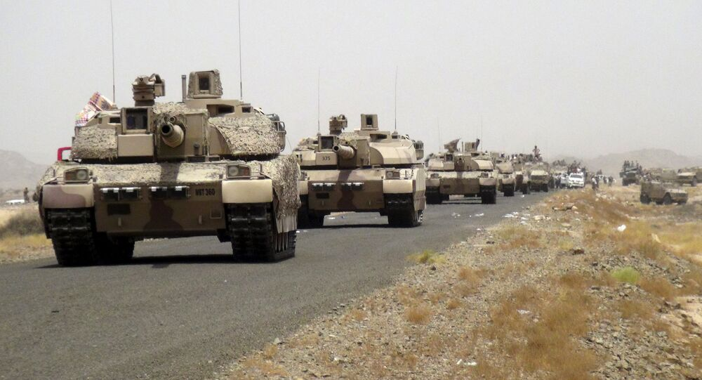 Tanks of fighters loyal to Yemen's President Abd-Rabbu Mansour Hadi are seen on a road leading to the al-Anad military and air base in the country's southern province of Lahej August 3, 2015
