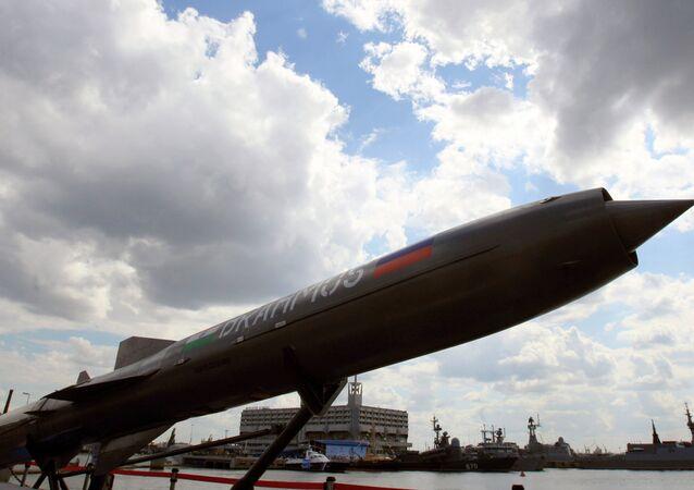 صاروخ براهموس الروسى الهندى