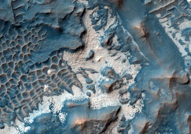 قاع أحد الوديان على سطح المريخ