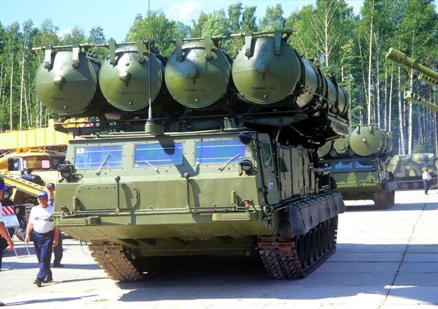 منظومة صواريخ إس-300
